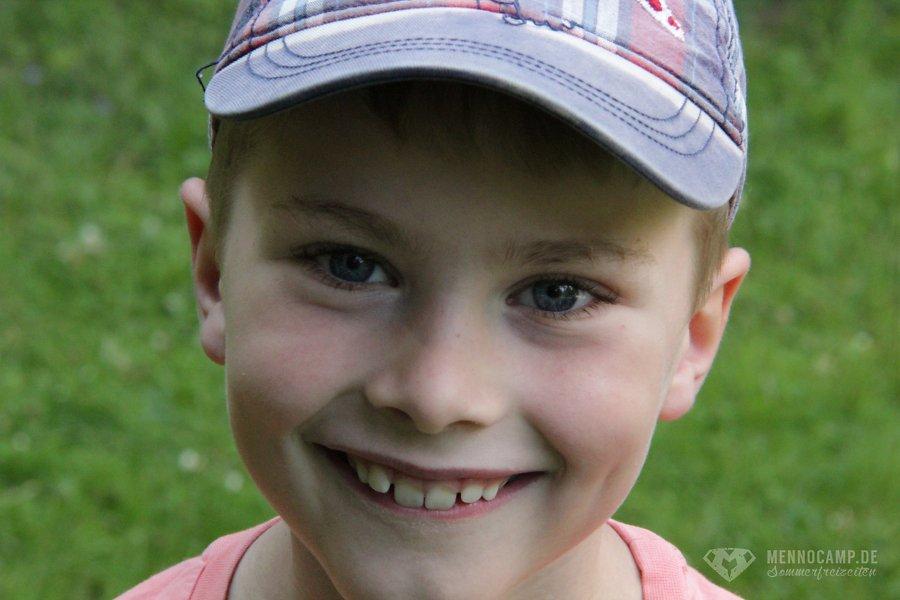 MennoCamp-2014-Kids-031.jpg